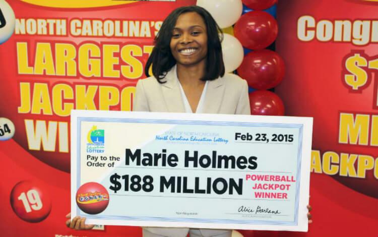 Победители в Powerball - Мэри Холм
