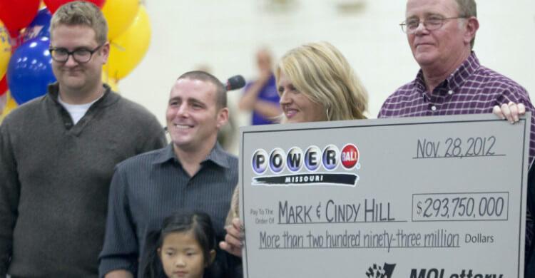 Большие выигрыши в американские лотереи - $587,5 миллиона