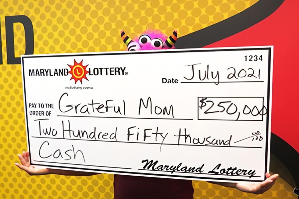 «Благодарная мама» с чеком на 250 тысяч долларов