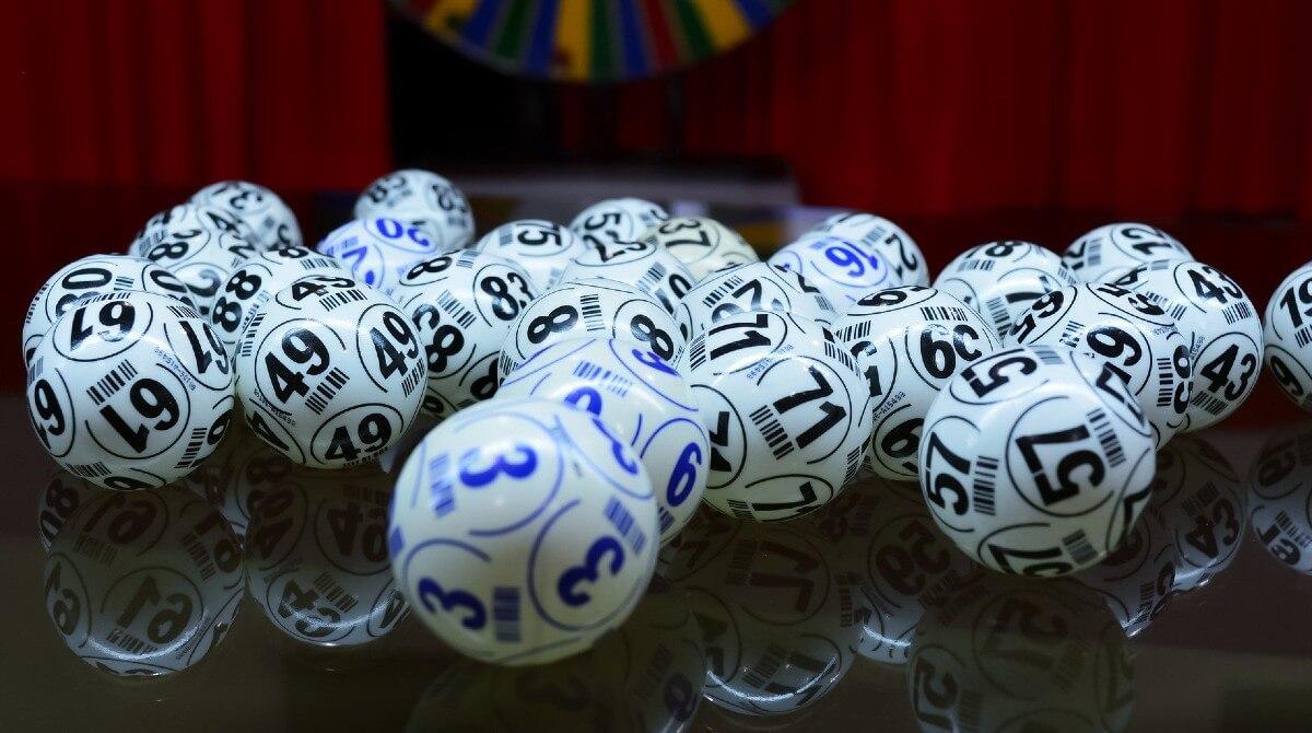 Отличия между спортивными ставками и лотереями