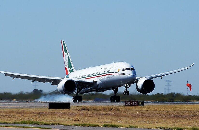 В Мексике «разыграли президентский самолет»